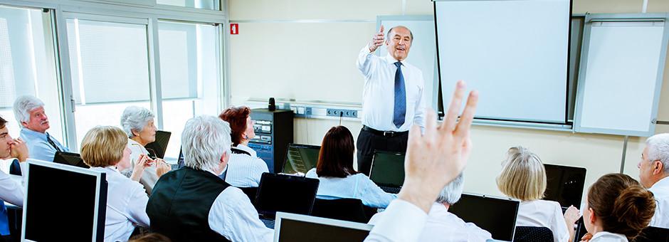 Corporate Trainer Touro Gst
